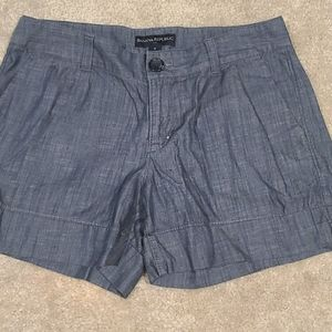"""**2 for $20 or 3 for $25*Banana Republic 3"""" Shorts"""
